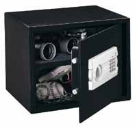 Electronic Pistol Safes - Reviews and Top Ratings | Strong ...